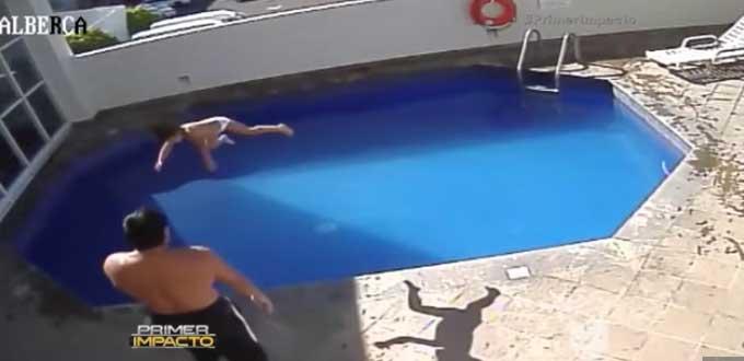 Il patrigno che lancia con violenza la bimba di tre anni (www.pulsoslp.com.mx)