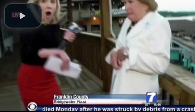 Un cameraman e una reporter sono stati uccisi in diretta televisiva (lastampa.it)