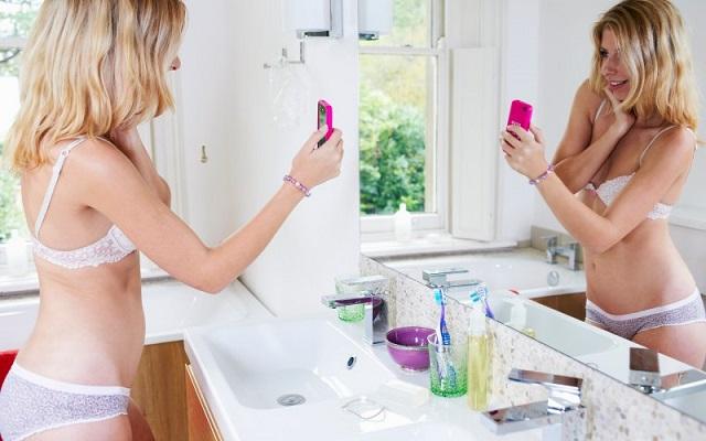 Un adolescente su tre pratica il sexting (thedailybeast.com)