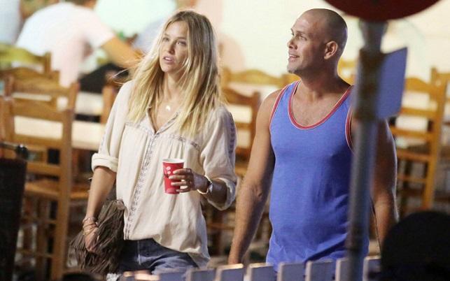 Bar Refaeli con il futuro marito Adi Ezra (tg24.sky.it)
