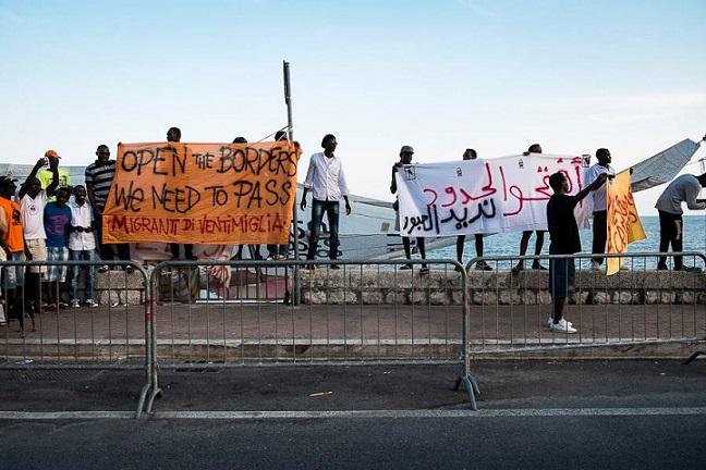 I migranti di Ventimiglia (nextquotidiano.it)