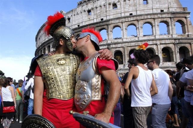 Un ragazzo gay è stato aggredito a Roma. Ennesimo caso per un grave problema di intolleranza nazionale (gqitalia.it)