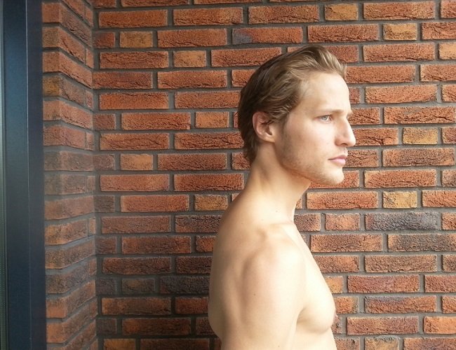 Giorgos Tsetis (shirtlifting.tumblr.com)