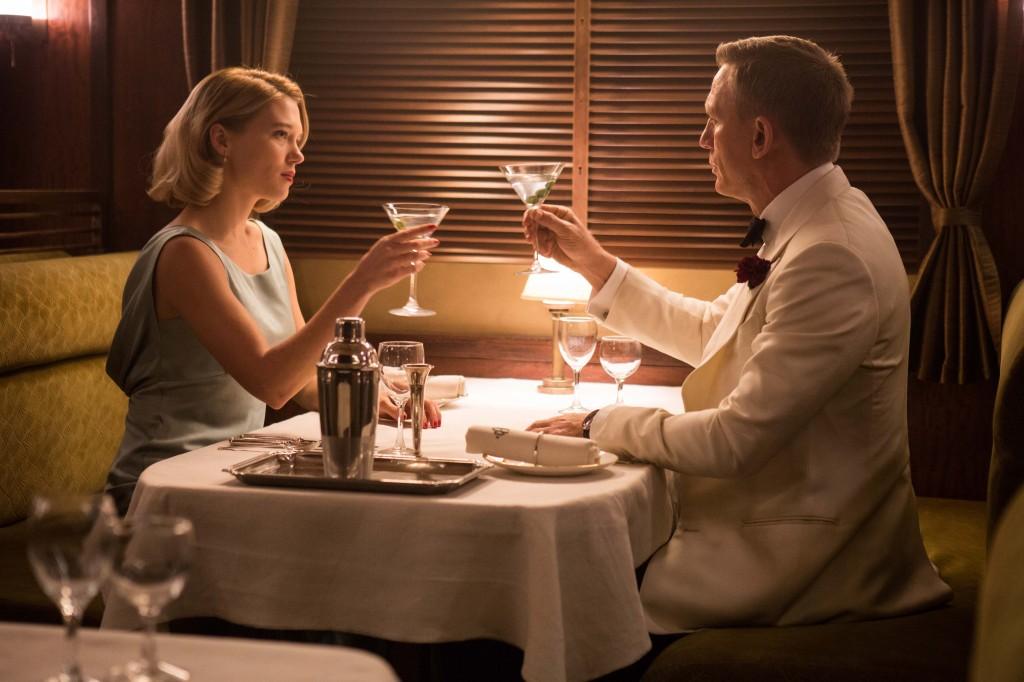 La nuova bond girl Léa Seydoux e Daniel Craig in una scena del film