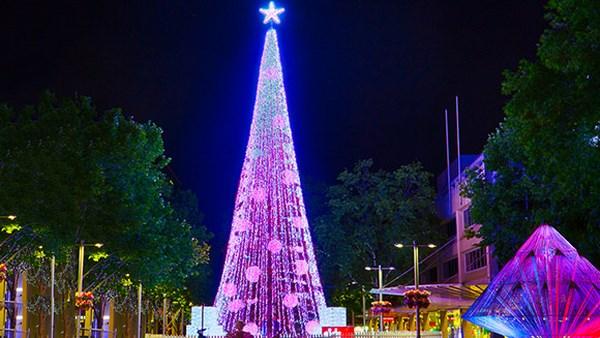 L'albero di Natale più luminoso del mondo (fonte: guinnessworldrecords.com)