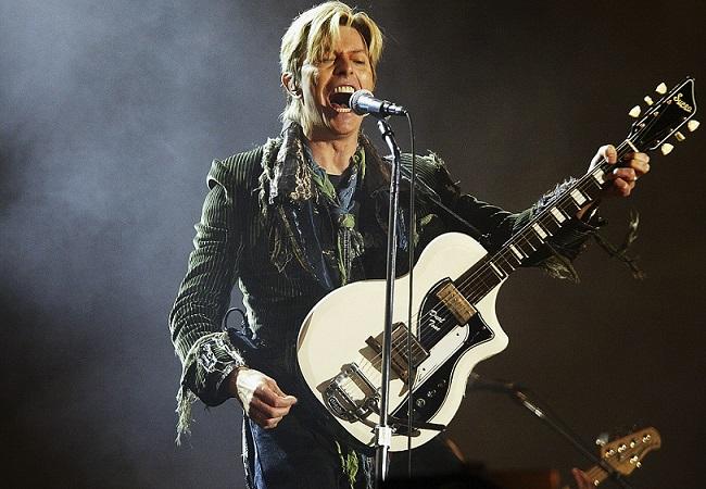 David Bowie in concerto (jackontheweb.cbslocal.com)