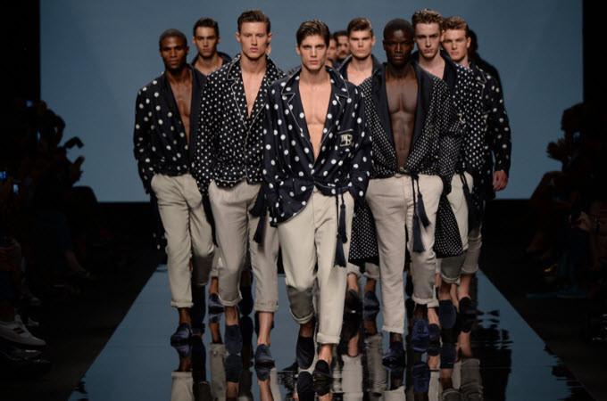 Modelli della Milano Fashion week Uomo che si è svolta dal 19 al 24 gennaio (fonte foto: www.bellarte.it)