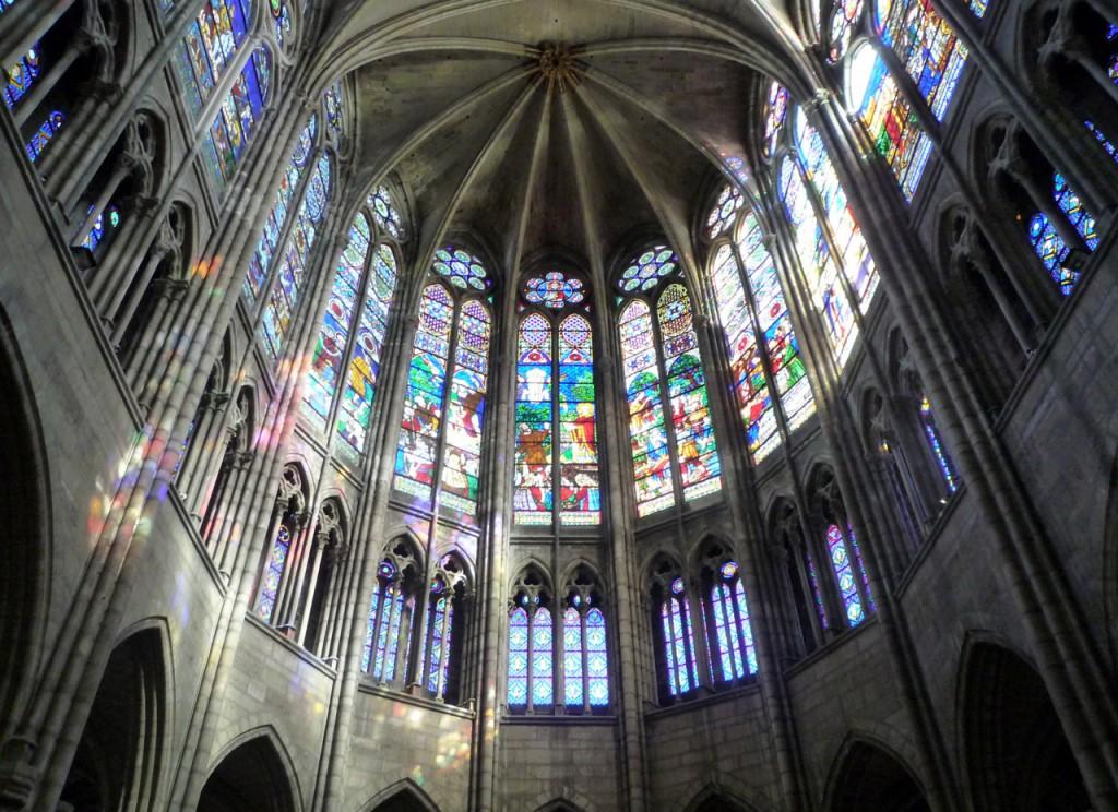 Basilica Saint-Denis: il coro (artpedia.tumblr.com)