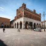 piacenza-palazzo-gotico-1