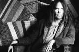 Live At The Cellar Door: il retaggio di Neil Young che sfiora l'anima