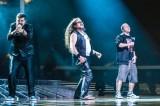 Fenomeno Ape Escape, da X Factor al tour italiano