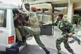 Congo, 40 ribelli uccisi: si teme per gli italiani bloccati