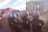 Alta tensione a Torino: studenti in corteo, la polizia carica