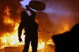 LIVE Ucraina, protesta a Kiev. Scontri e mezzi corazzati. Almeno 19 morti
