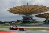 Formula 1, GP Malesia: Hamilton domina a Sepang, Alonso è 4°