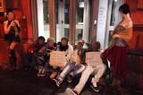 Carnevale: a Napoli travestiti da clochard. Impazzano le polemiche