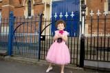 Romeo ama vestirsi da principessa, viene cacciato dal catechismo