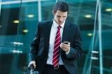 Smartphone in tasca, fertilità in pericolo per gli uomini