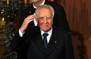 Addio a Carlo Azeglio Ciampi: una vita da politico