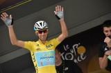Tour de France: Nibali che non ti aspetti, vola sul pavè e stacca tutti