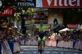 Tour de France: Roger vince la prima pirenaica, Pinot assalta Nibali