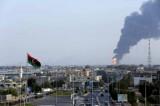 Libia nel caos, bombe 'anonime' sull'aeroporto di Tripoli
