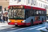 Roma, donna africana offesa sul bus:«Fatti più là, m'attacchi l'ebola»