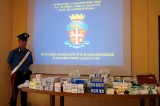 Rubava farmaci trasferendoli in Costa d'Avorio. Arrestato infermiere