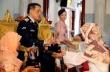Thailandia. La coppia reale divorzia: la principessa rinuncia al titolo