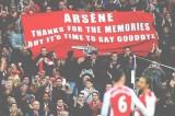 FOTO Wenger contestato dai tifosi dell'Arsenal