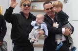 Dolce e Gabbana condannano le adozioni gay: Elton John li boicotta