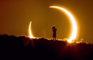 Eclissi solare, come e quando vederla. Attenzione al rischio blackout