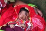 India: bimba nata con la proboscide venerata come una dea