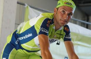 Ivan Basso choc: tumore al testicolo, ritiro dal Tour e operazione