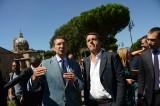 Mafia Capitale. Renzi: marcia indietro su Marino. E Roma si salva