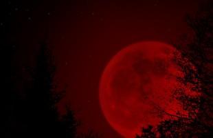 Il 28 settembre arriva la Luna di sangue: la fine del mondo è vicina?