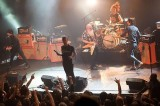 Eagles of Death Metal accusano: 'Security Bataclan complice dell'Isis'
