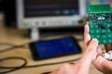 Creato il primo telefono senza batteria: ecco come funziona