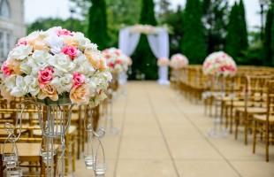 Come organizzare un matrimonio speciale e come scegliere la bomboniera perfetta
